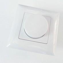 Nástenný LED stmievač do krabice